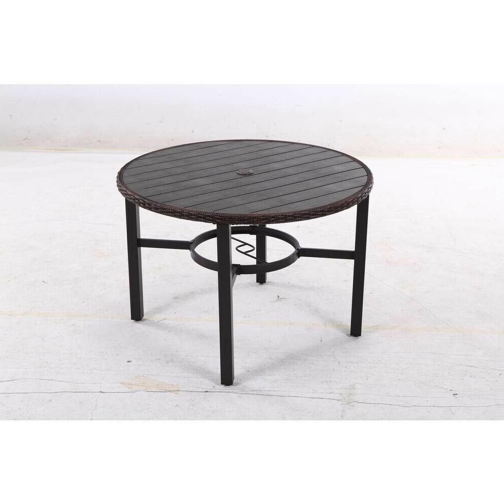 brand new metal round outdoor dining table