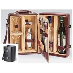 Picnic Time Manhattan Insulated Two-Bottle Cocktail Case/Bar
