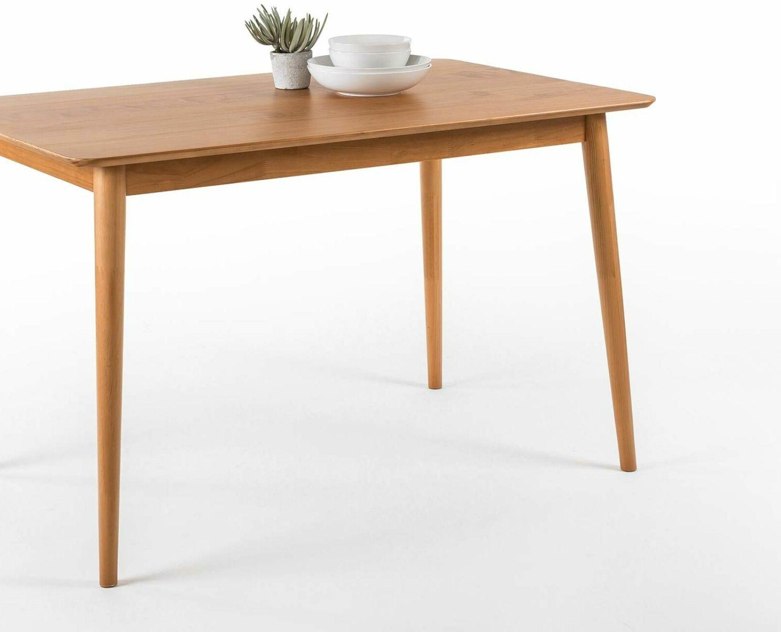 Zinus Wood Dining Table / Natural .
